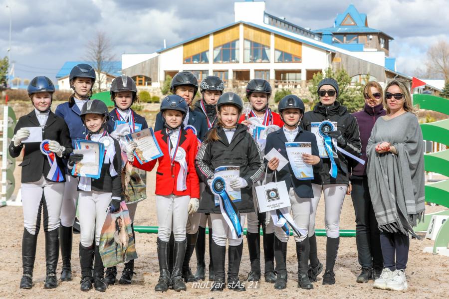 Чемпионат среди любителей и Первенство среди всадников на лошадях до 150 см в холке прошли в минувшие выходные