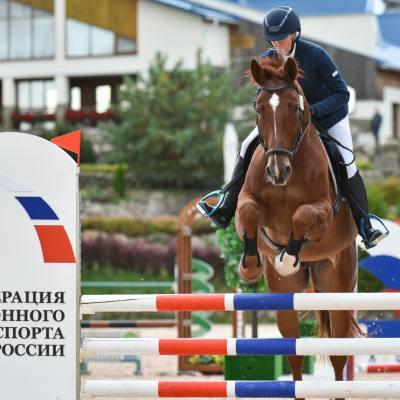 Дети, лошади, конкур: Петербург принял международные соревнования для юных спортсменов, фото 5