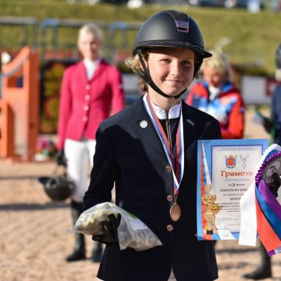 Дети, лошади, конкур: Петербург принял международные соревнования для юных спортсменов, фото 7