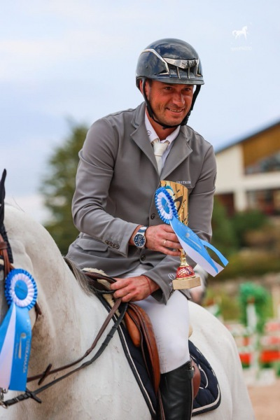 Петербург закрыл сезон конного спорта-21 конкуром