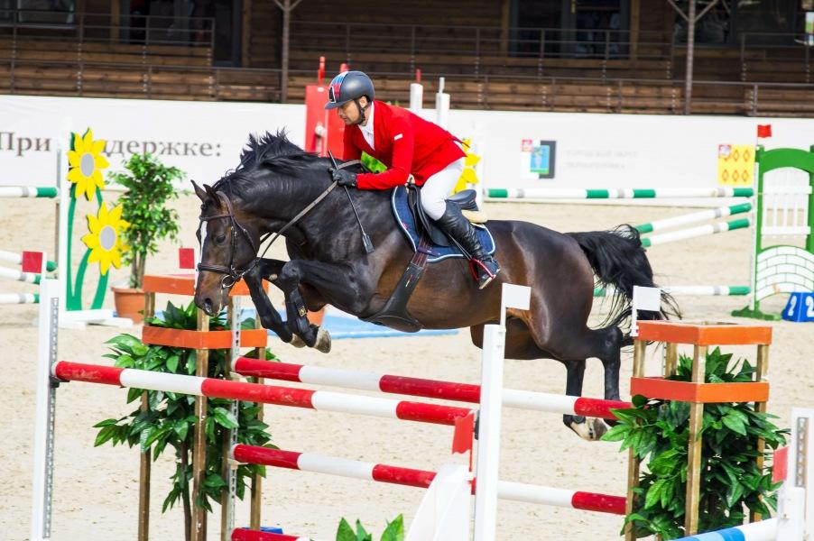 Приглашаем на соревнования в конно-спортивный комплекс «Ивановское»