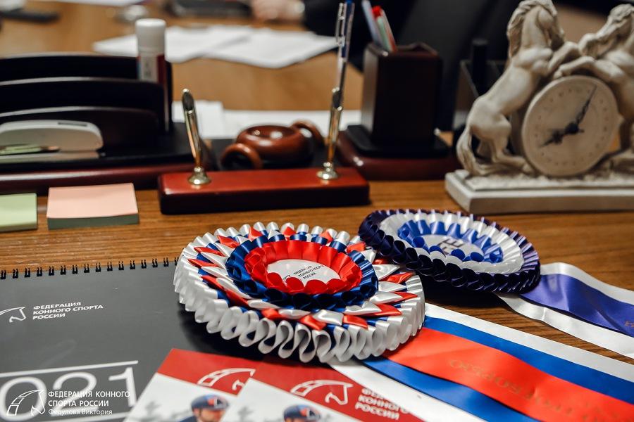 Решение о введении ежегодной регистрации спортивной лошади