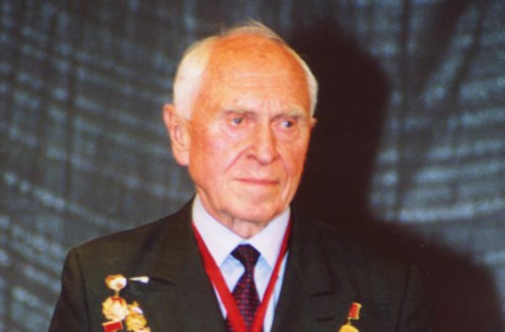 Скончался М.М. Бобров